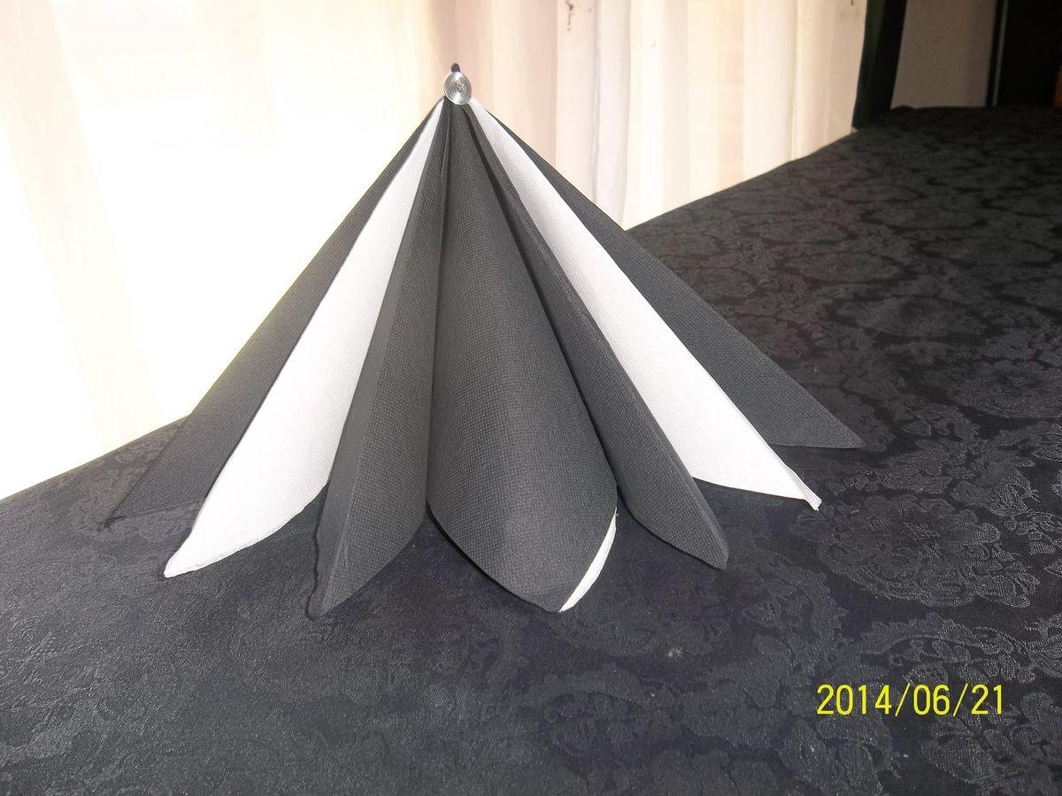 La Pyramide Latelierdaurore Over Blog Com Pliage Serviette Papier Pliage Serviette Serviette Papier