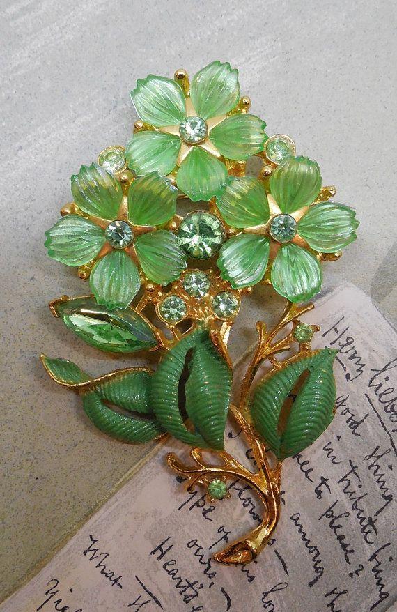 Green CORO Flower Bouquet Rhinestone Brooch w/ от CornermouseHouse