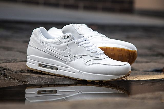 air max 1 whitegum HerenkledingNike air max wit Herenkleding Nike air max white