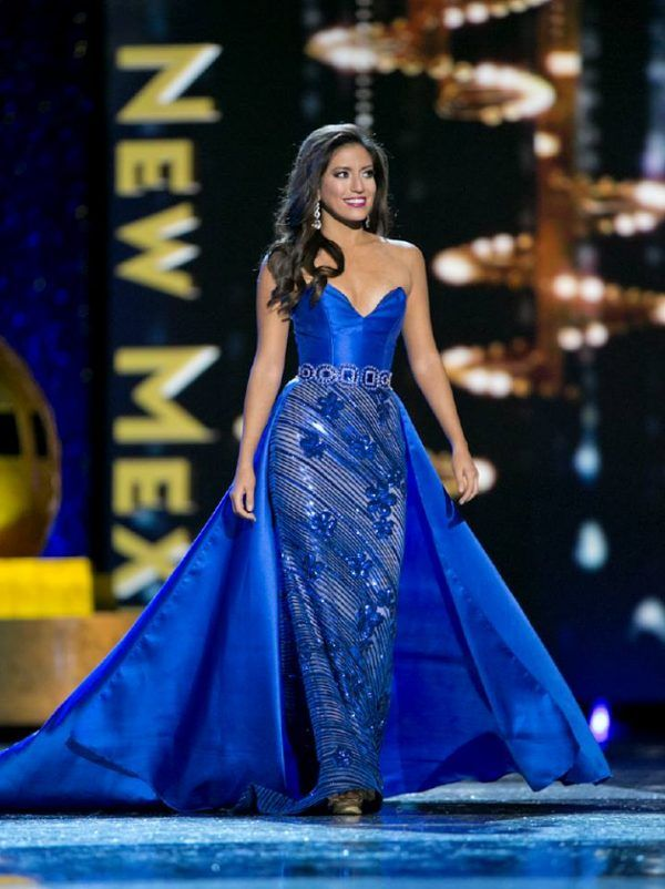 Miss America 2017   Pageant Gowns   Pinterest   Pageants, Crowd and ...