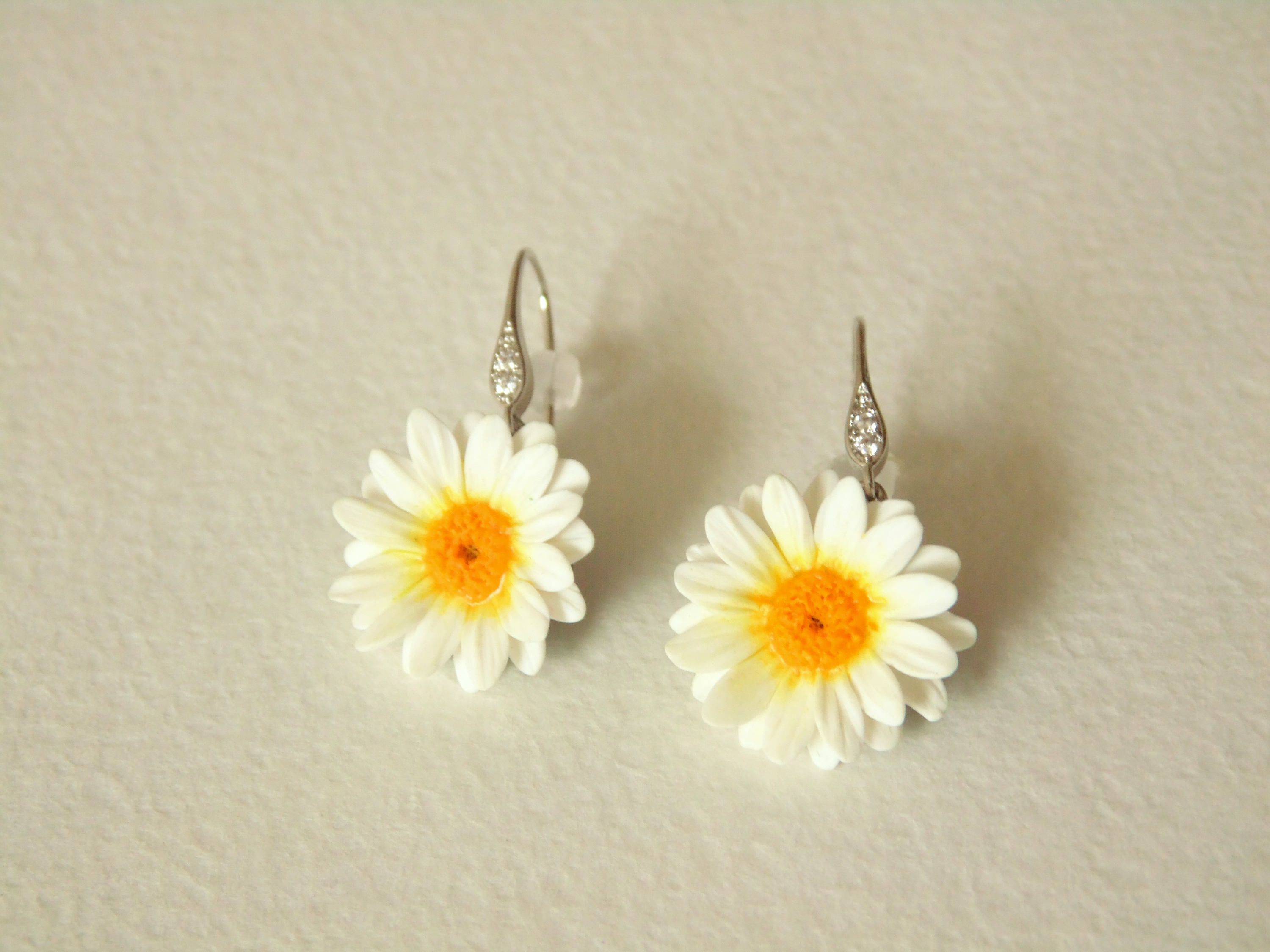 Daisy Earrings Gold Chamomile Polymer Clay Jewelry White Flowers