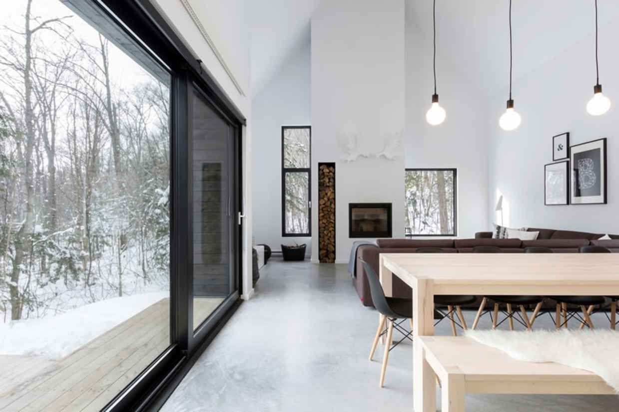 Inside Canada S Most Perfect Minimalist Retreat Minimalism Interior Minimal Interior Design Interior Design Examples