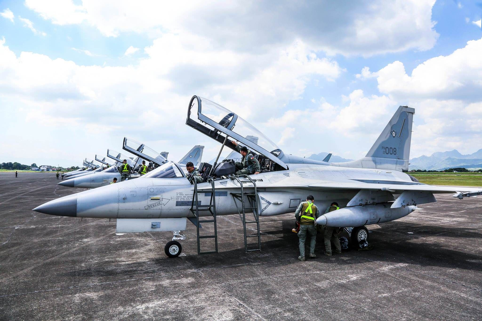 Philippine Air Force FA50PH Fighting Eagles [2048 x 1365