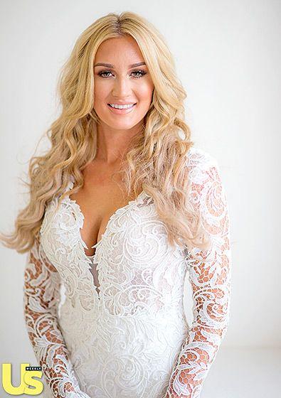 Jason Aldean And Brittany Kerr S Wedding Album Celebrity Wedding Photos Blush Bridesmaids Pnina Tornai Wedding Dress
