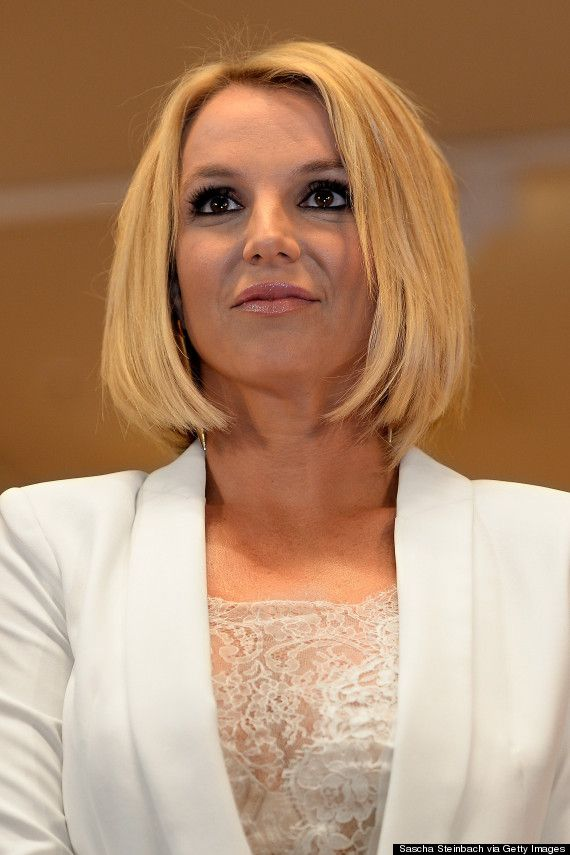 Britney Spears Debuts A Dramatic New Look Bob Hair Cutsmedium