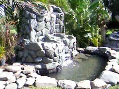 Resultado de imagen para jardines con cascadas for Cascadas de agua artificiales para jardin