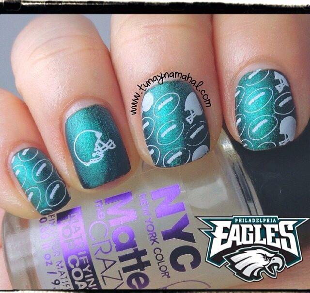Philadelphia Eagles nails (With images)   Philadelphia ...