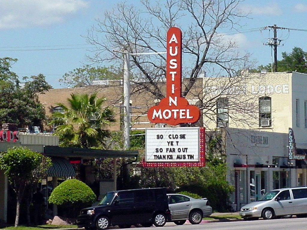 Back In Austin Texas With Images Austin Hotels Austin Motel
