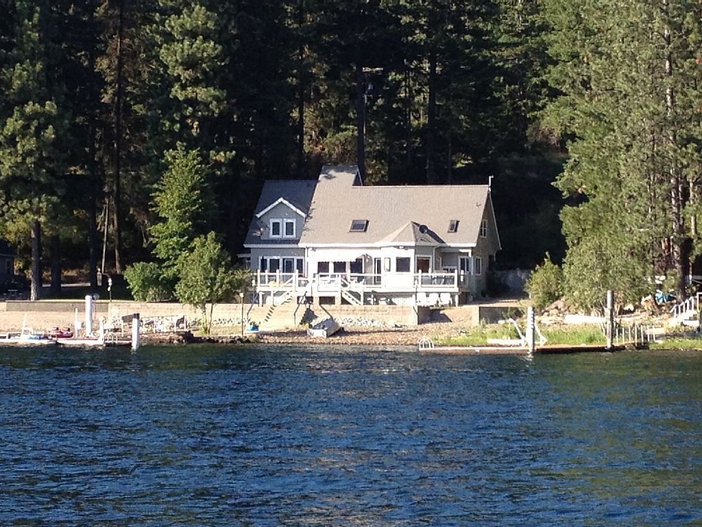 House vacation rental in Coeur d'Alene Lake from