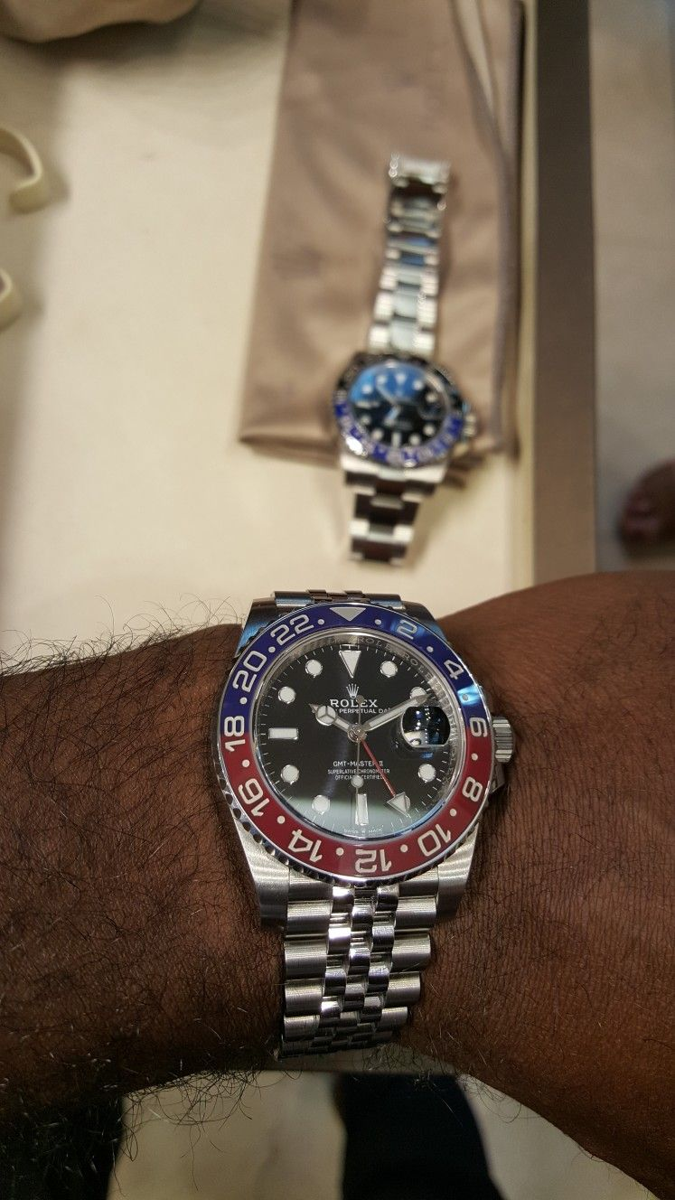 The New Rolex Gmt Master Ii Pepsi Oystersteel Outfitted With The Beautiful Jubilee Bracelet Up Close And Personal Rolex Watches Rolex Gmt Rolex Gmt Master