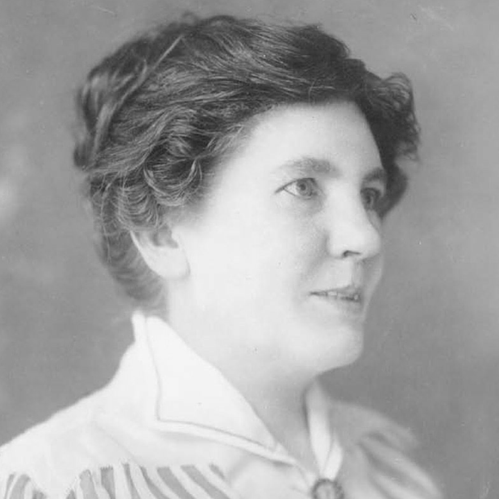 Laura Ingalls Wilder: The real things haven't changed. It is still best to be honest and truthful; to make the most of what we have; to be happy with simple pleasures; and have courage when things go wrong. #myadvice #LauraIngallsWilder