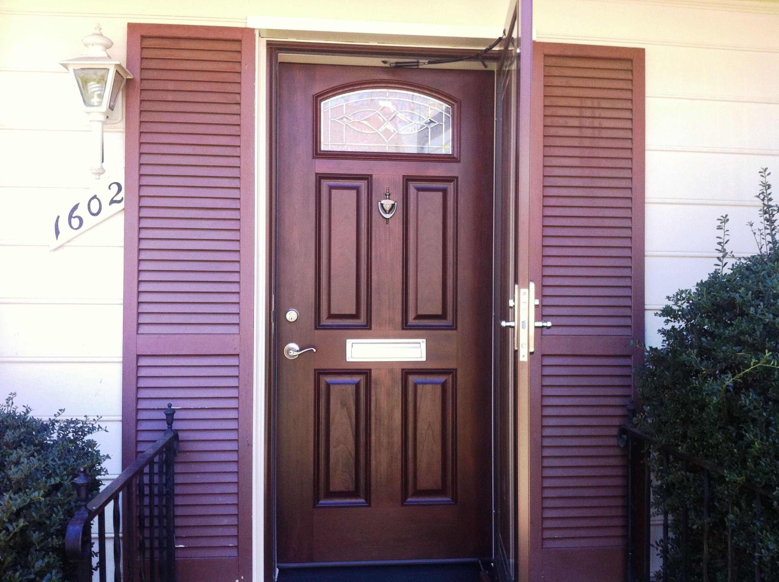 Signet Fiberglass door. The look and feel of real wood ...