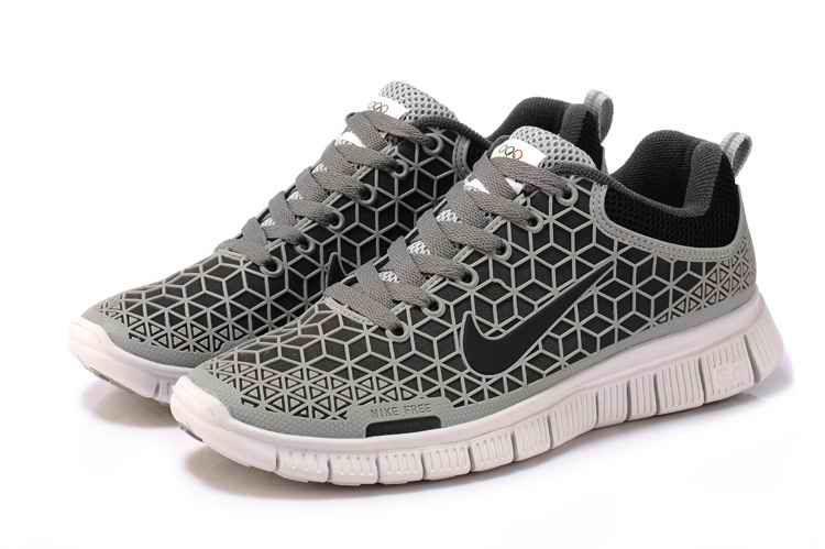 nike free running shoes for men
