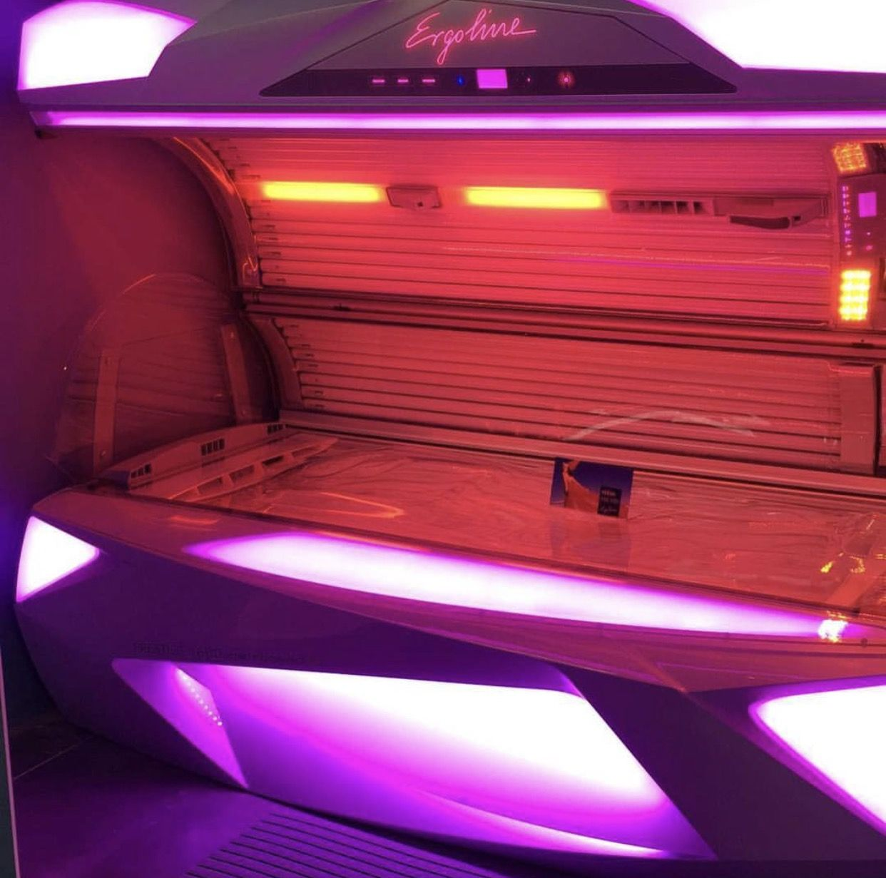 Ergoline tanning bed (With images) Tanning bed, Sunless