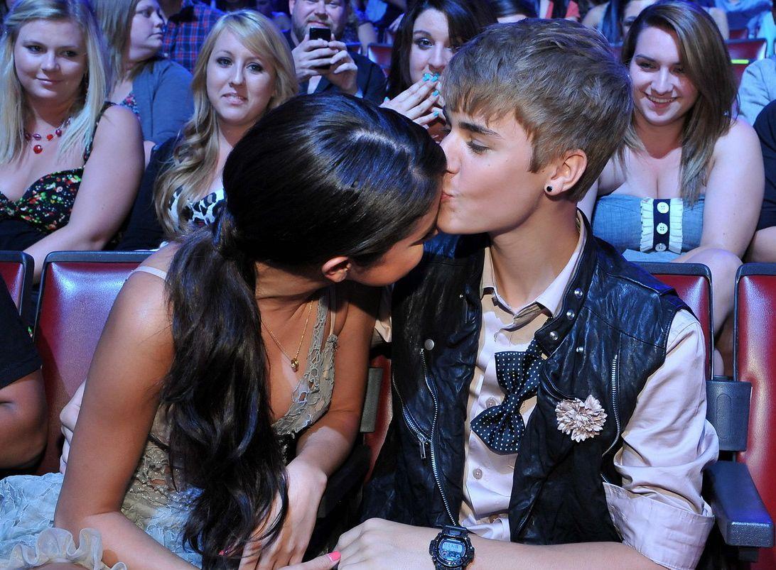 Justin Bieber And Selena Gomez Wallpaper 1080p Justin Bieber And Selena Justin Bieber Selena Gomez Bieber Selena