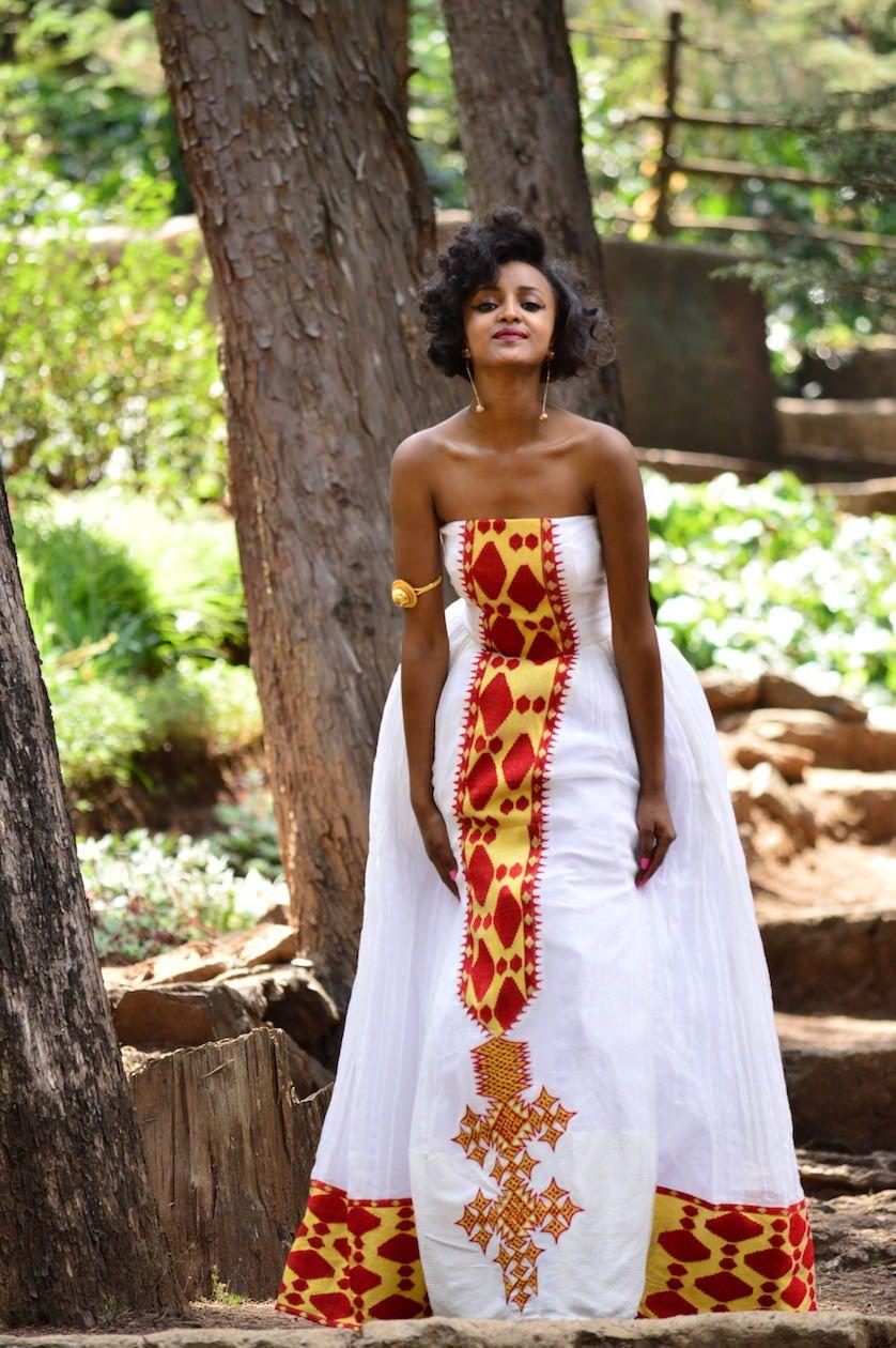 Dsc 0644 Ethiopian Traditional Dress Ethiopian Dress Ethiopian Clothing [ 1260 x 838 Pixel ]