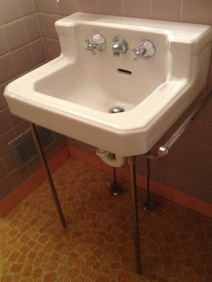 Cute Sink Has The Right Details Vintage White American Standard