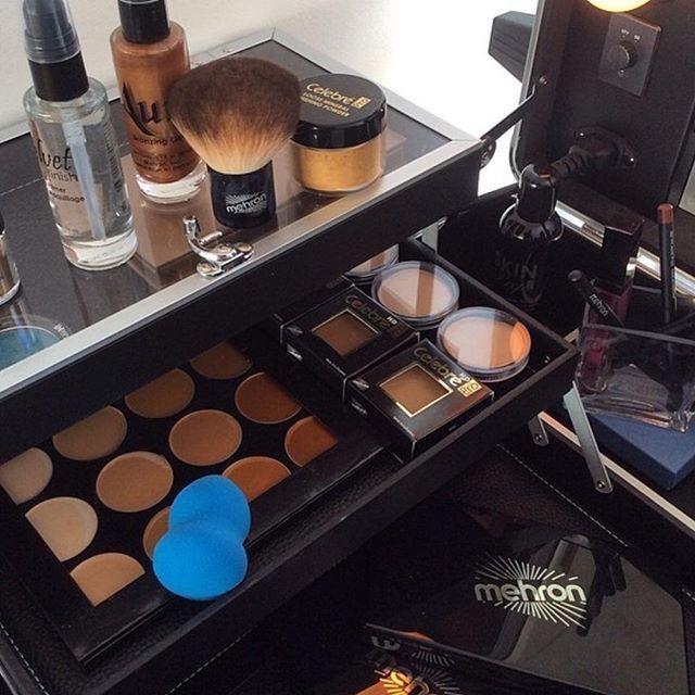 What are your favorite Mehron products?? #tell us #MehronGirl #MehronBoy #MehronLove #MehronMakeup #makeupkitessentials #MehronBeauty