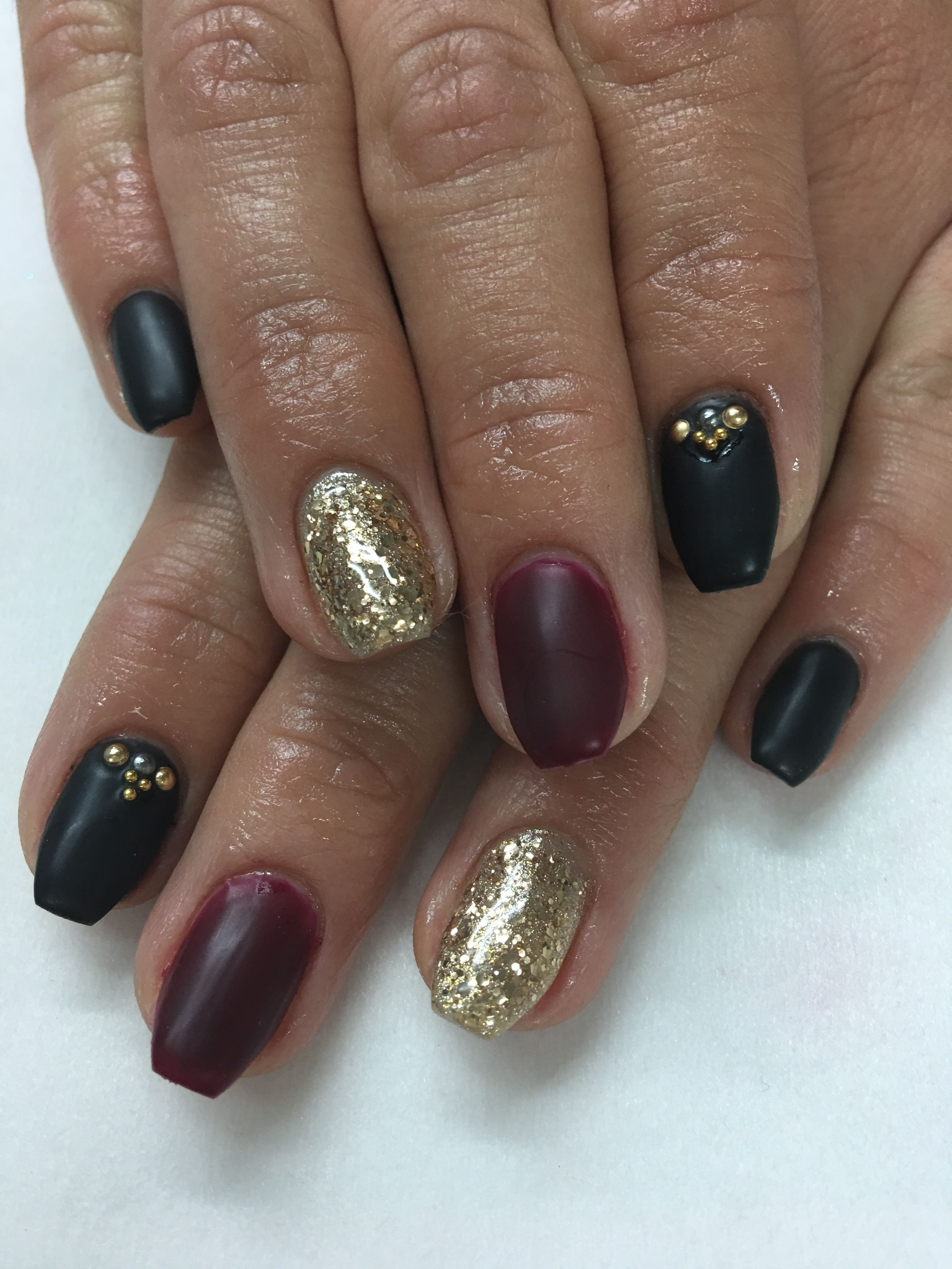 Contemporary Black Gel Nails With Gold Glitter Ensign - Nail Art ...