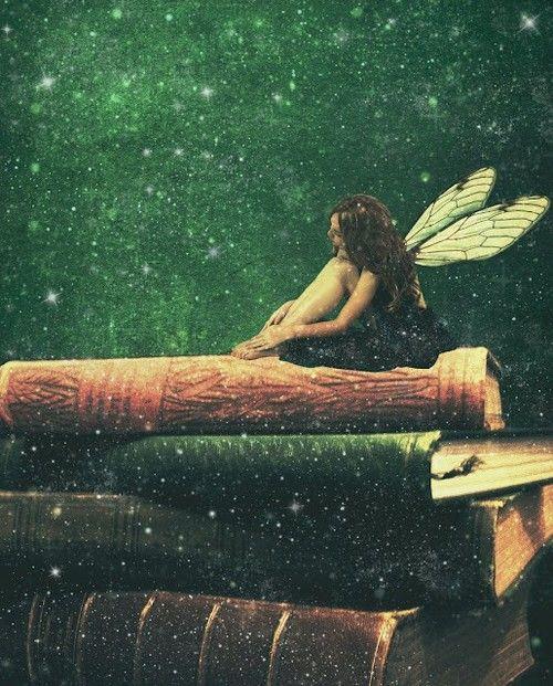 themagicfarawayttree:    books allow you to dream….