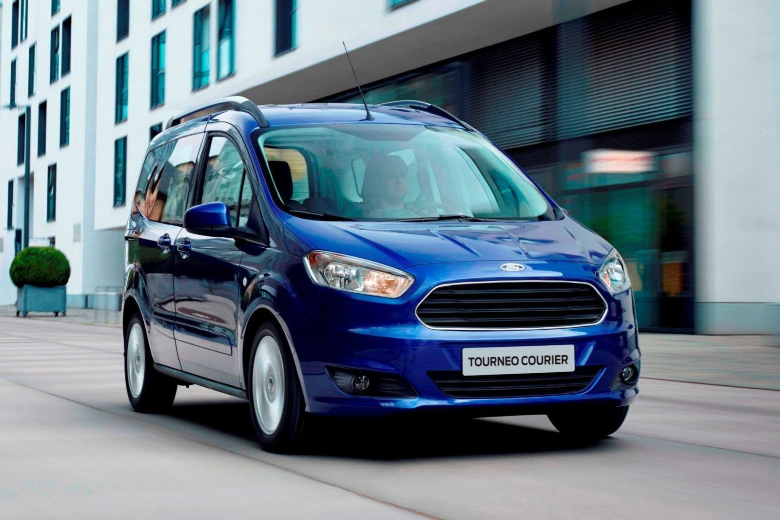 Ford tourneo courier pictures to pin on pinterest - Kar
