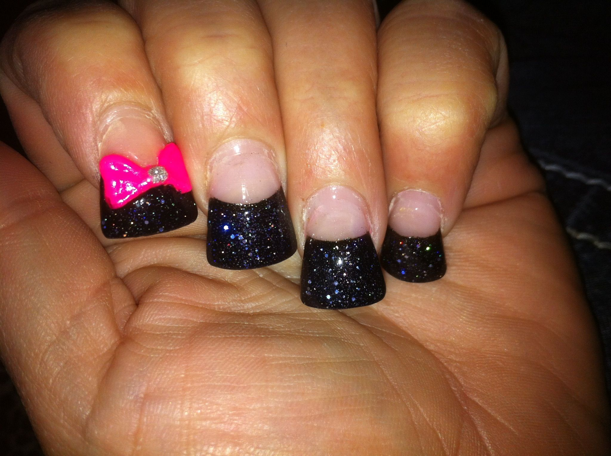 Glitter and bow nails | My nail art | Pinterest
