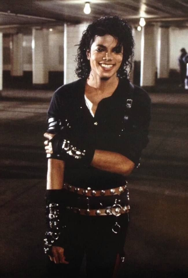 Michael Jackson on the set for the Bad music video. ★