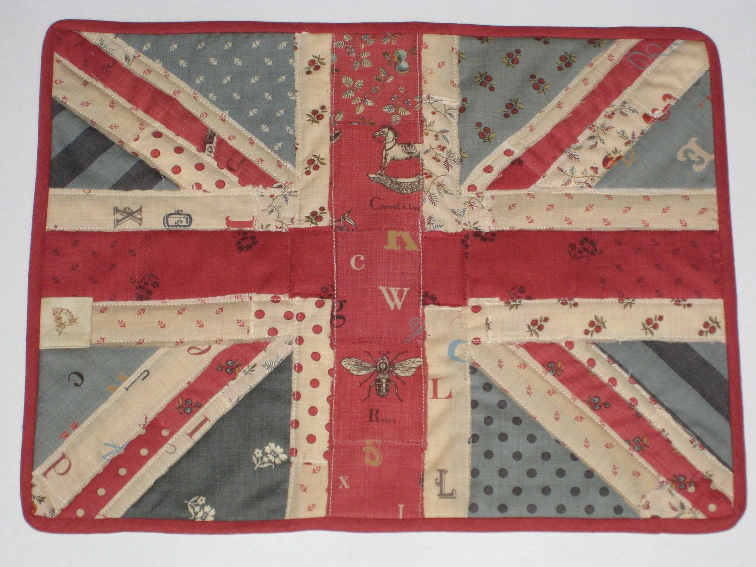 Union Jack Flag Shabby Chic Quilted Mug Rug Queen