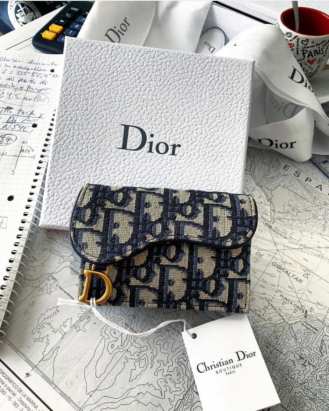 Dior Fan Page On Instagram Details Dior Dioraddicted Diorlover Diorlife Luxury Goals Lifegoals Follow Luxurylifestyle Bags Purses And Bags Dior