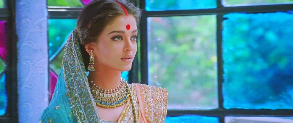 47 Of The Most Beautiful Shots In Indian Cinema Aishwarya Rai Bachchan Aishwarya Rai Aishwarya Rai Young