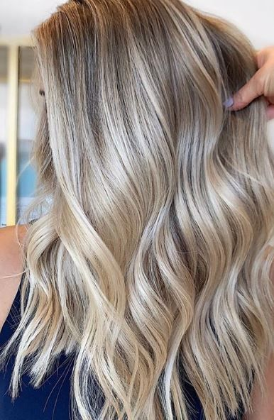 champagne blonde hair color #champagneblondehair