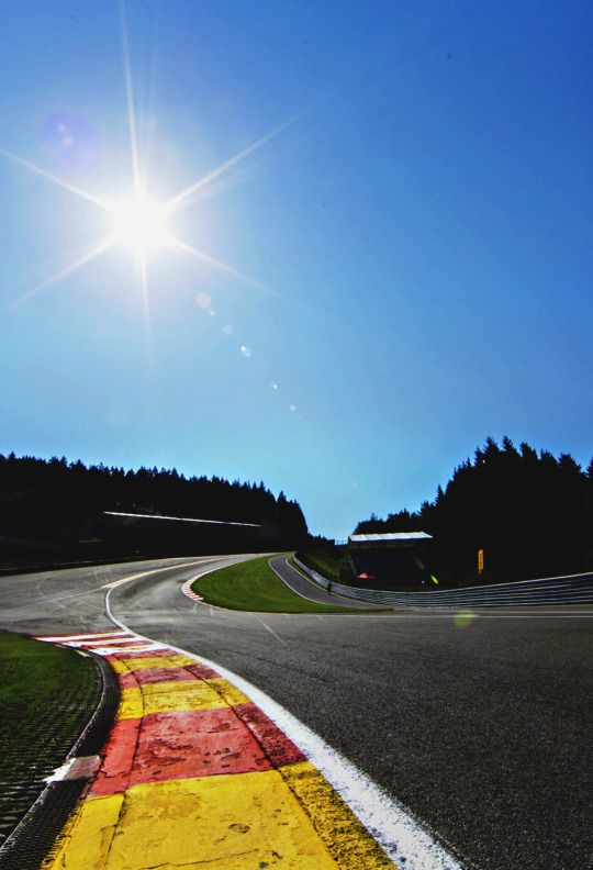 Eau Rouge Racing Circuit Automobile Track Pictures