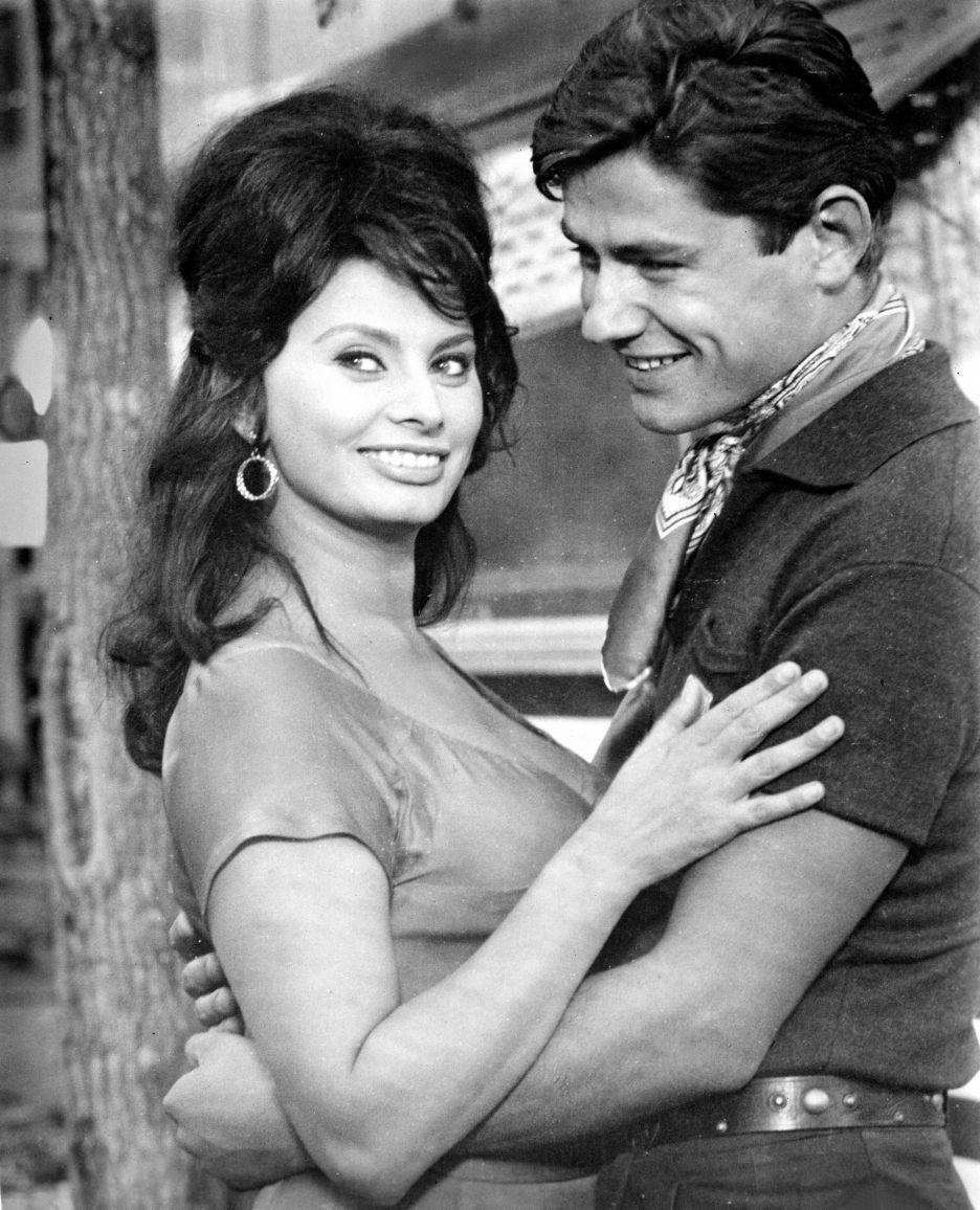Loren Sophia In 2020 Sophia Loren Sophia Loren Film Sophia Loren Images