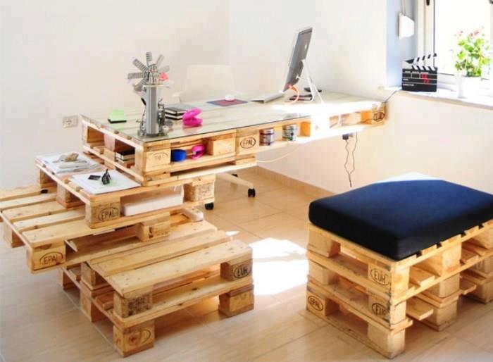 mobiliario reciclado con palets, puesto de trabajo amplio y barato - muebles reciclados
