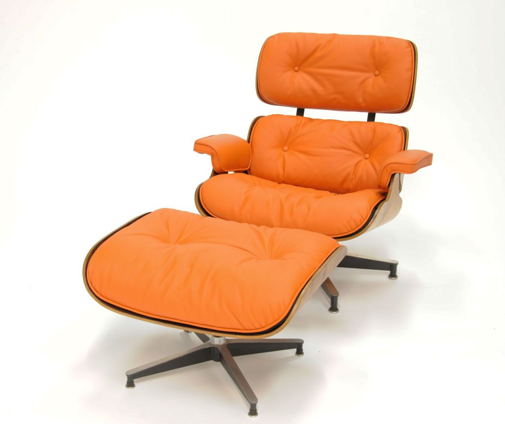 Eames Stoel Lounge.Eames 670 And 671 Lounge Chair In Hermes Orange Leather
