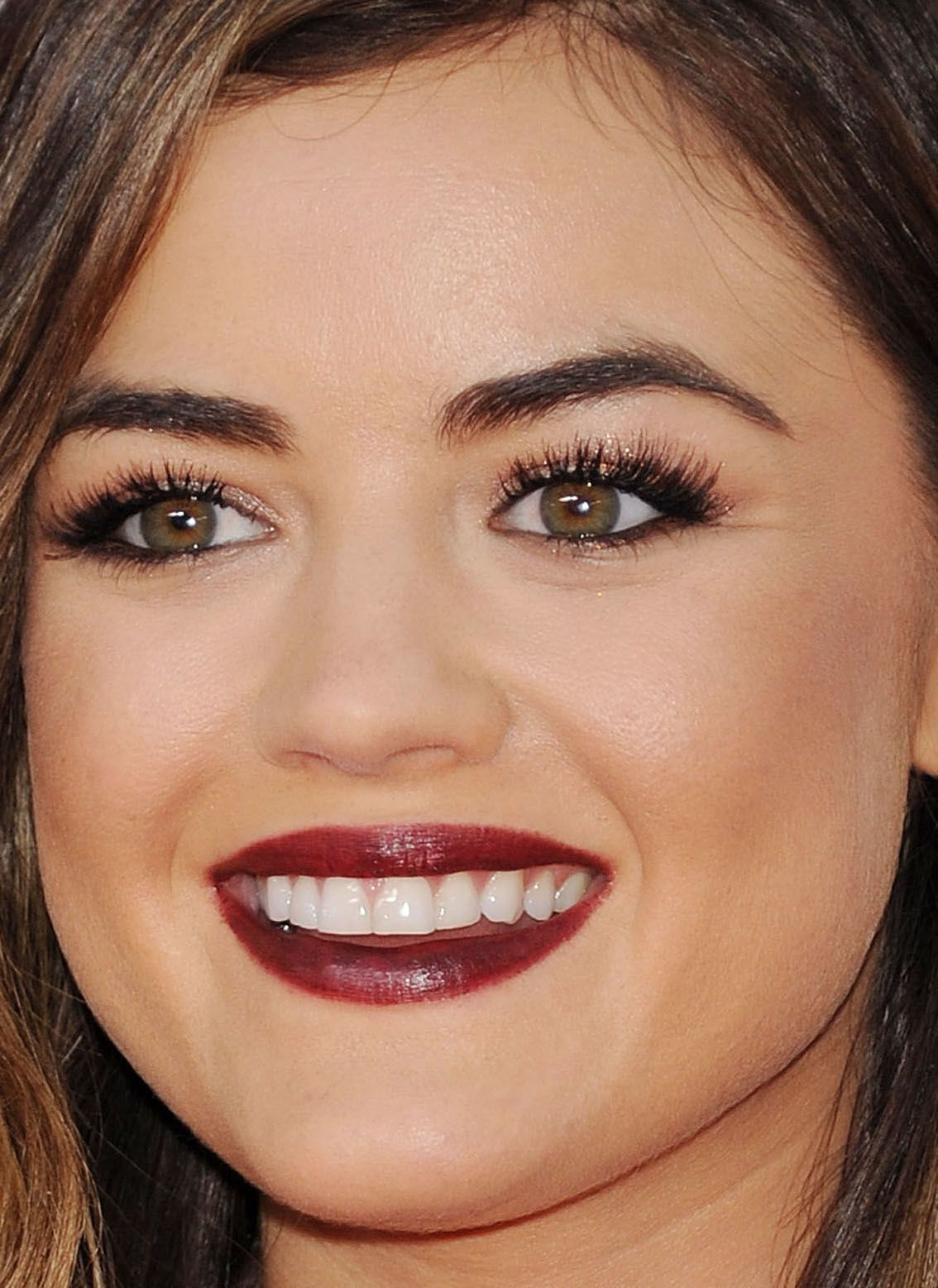 50 Holiday Party Makeup Ideas to Steal From the Red Carpet