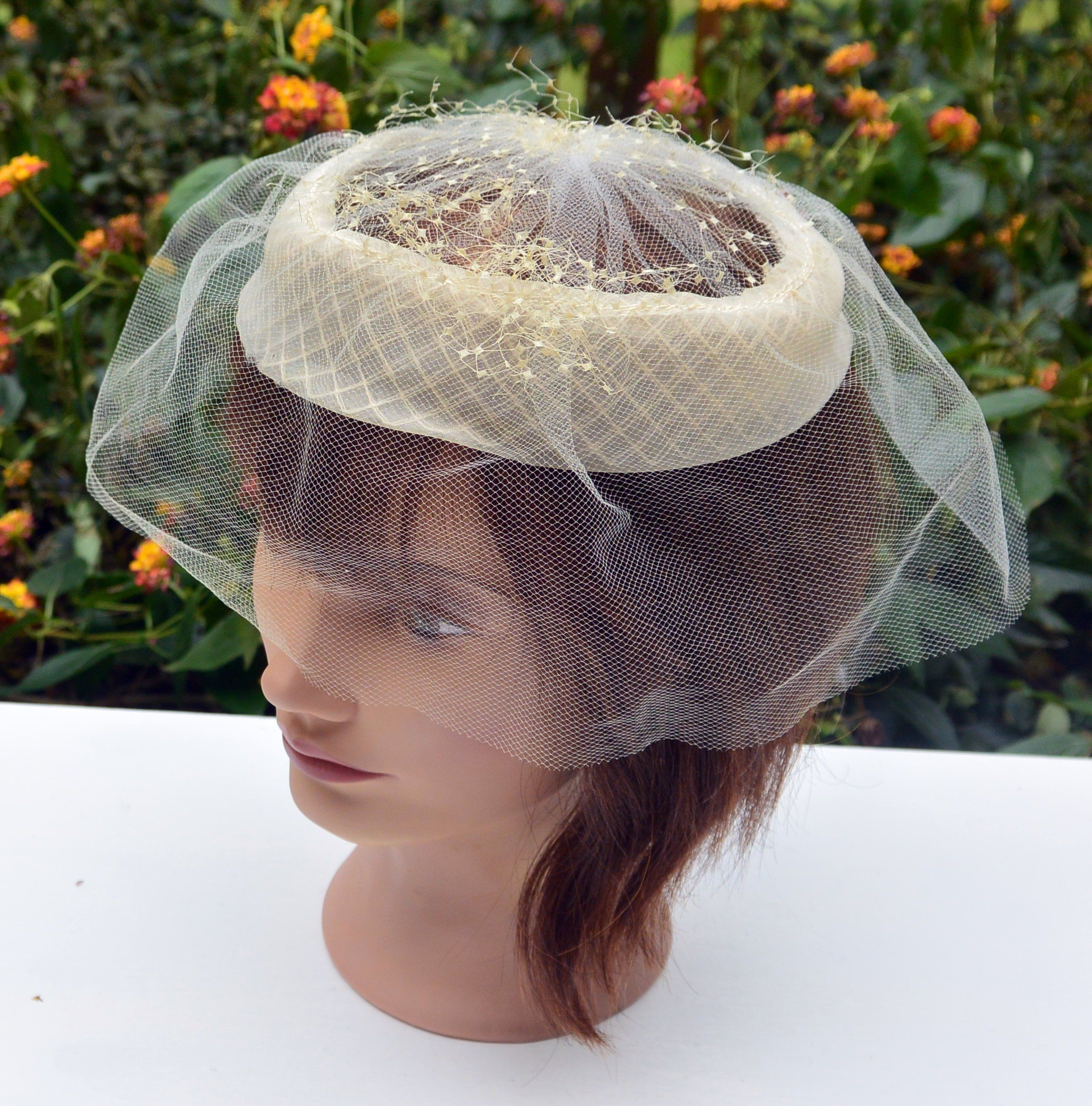 Beautiful Vintage Pillbox Hat With Fur Bow Body Made In Italy Vintage Ladies Hat