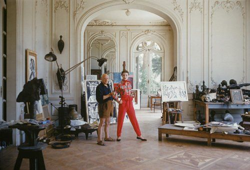 pablo picasso with french model bettina graziani in his. Black Bedroom Furniture Sets. Home Design Ideas