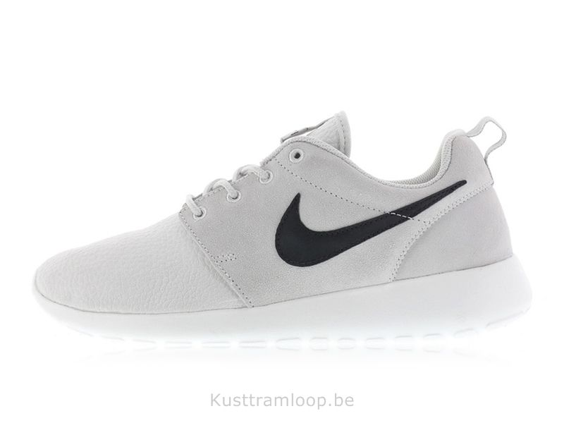 Nike Roshe Run Suede Lumière Ash Gris / Noir-Blanc sommet-Volt Huarache Nike