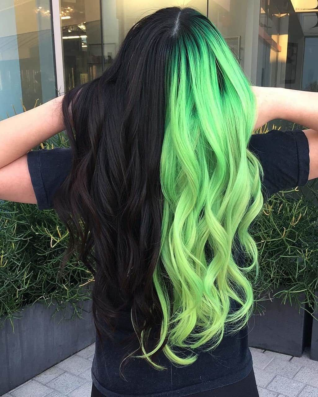 Uploaded By Milacheshire Find Images And Videos About Hair Black And Green On We Heart It The App To Get Perfect Hair Color Hair Dye Colors Hair Styles