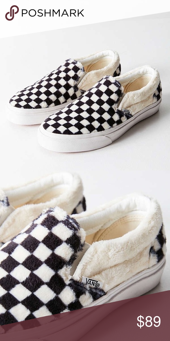 Sherpa Checkerboard Classic Slip On Vans Men s size 6 f300205b8