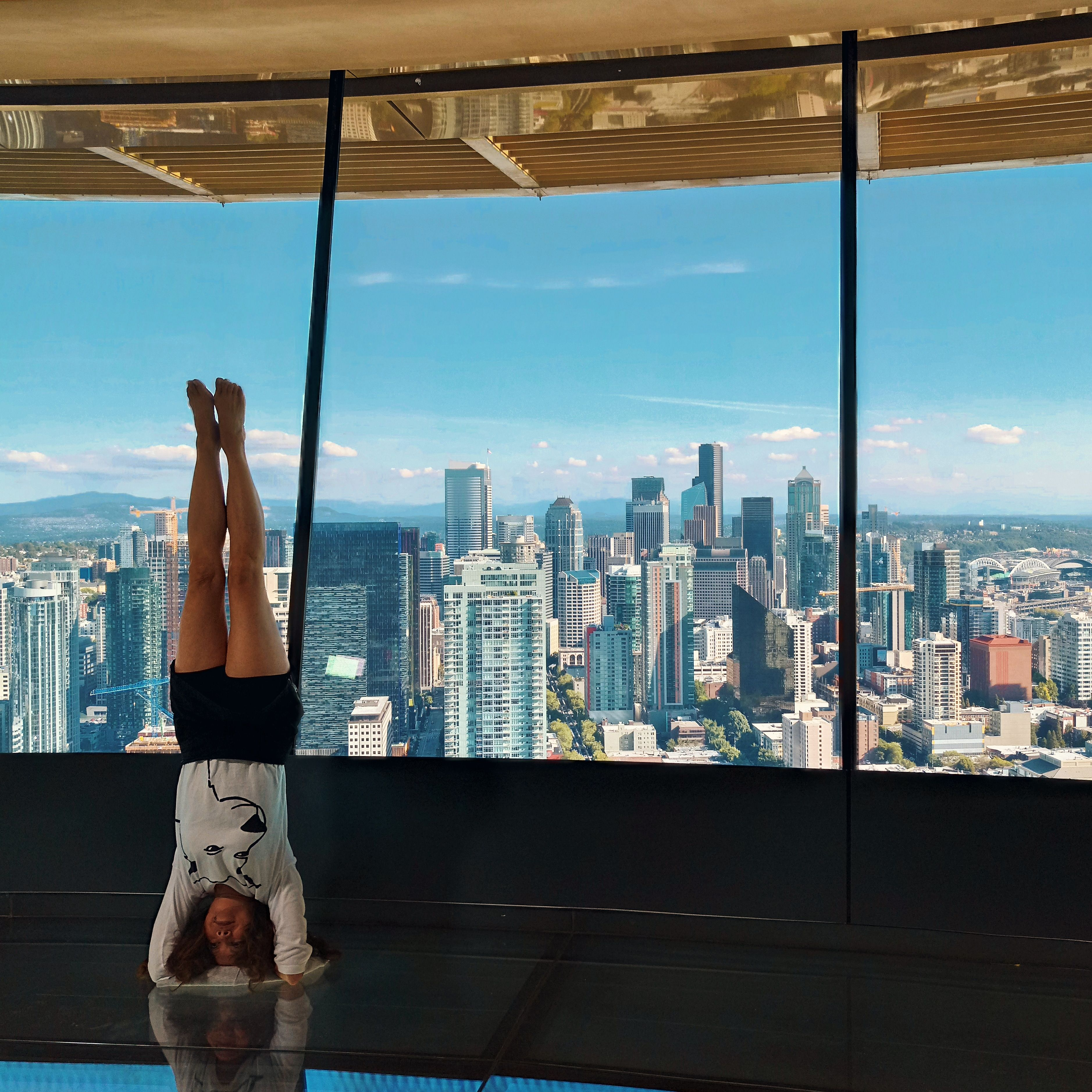 Some Awesome Yoga Moves At Space Needle Seattle Washington