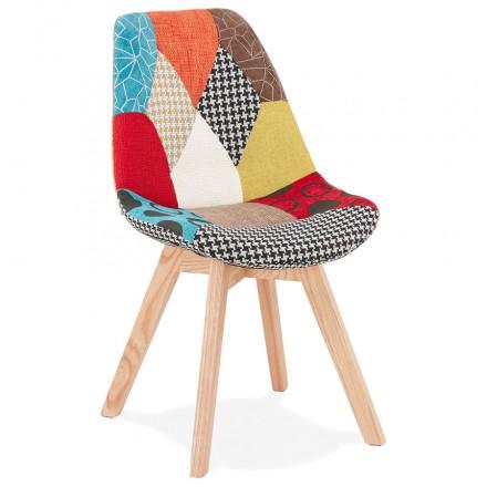 Chaise bohème patchwork en tissu pieds bois finition