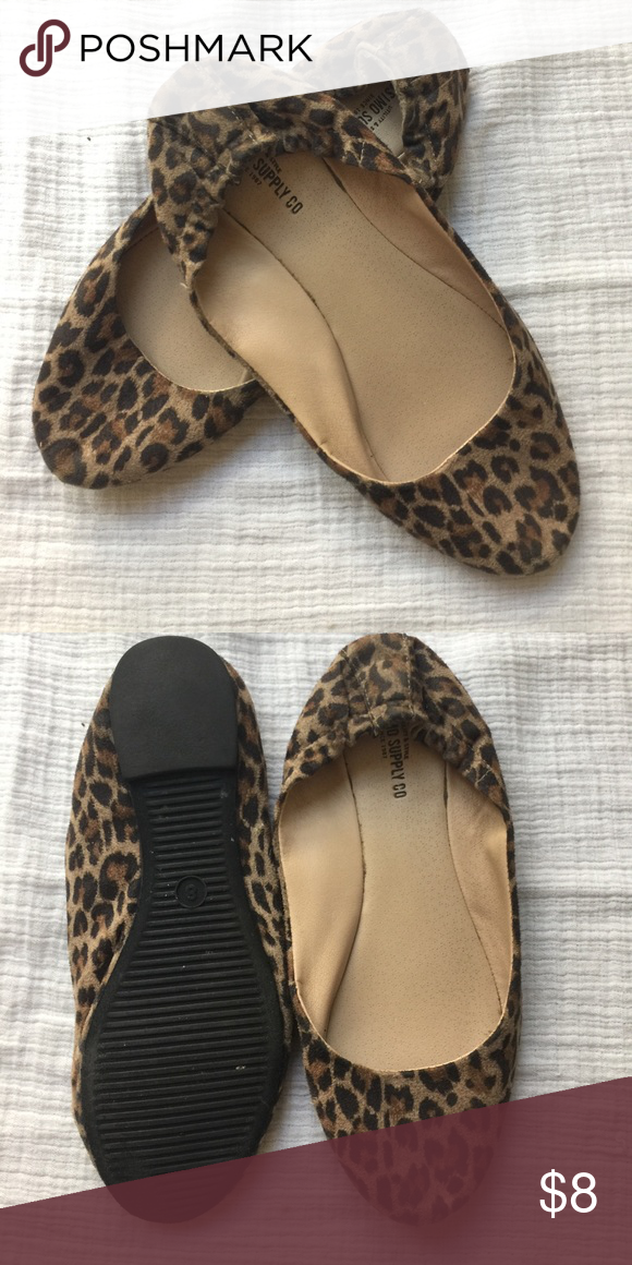 29e2a5cef220 Missimo Animal Print Flats Worn a few times Mossimo Supply Co. Shoes Flats  & Loafers