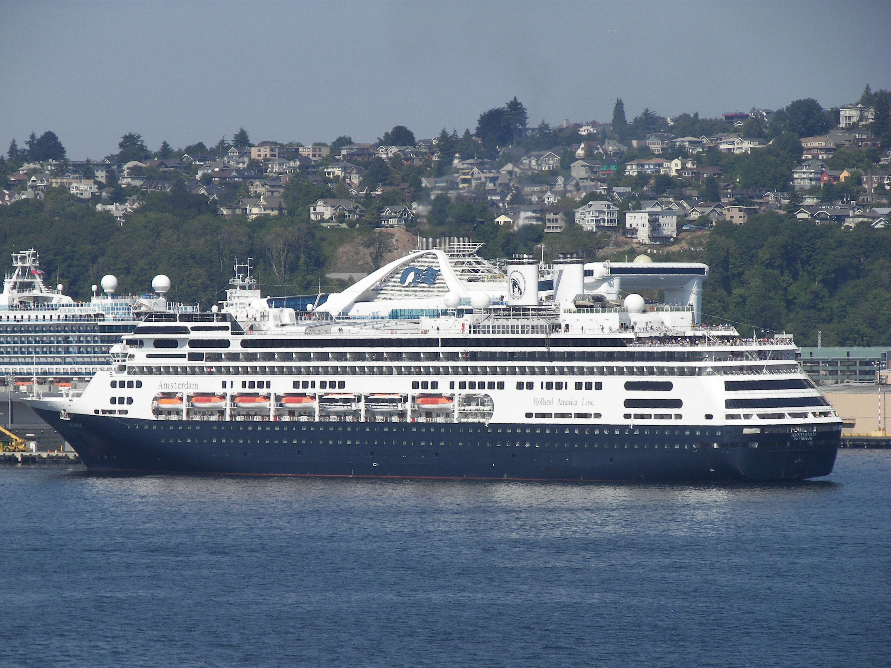 ms Amsterdam (With images) Holland america, Holland