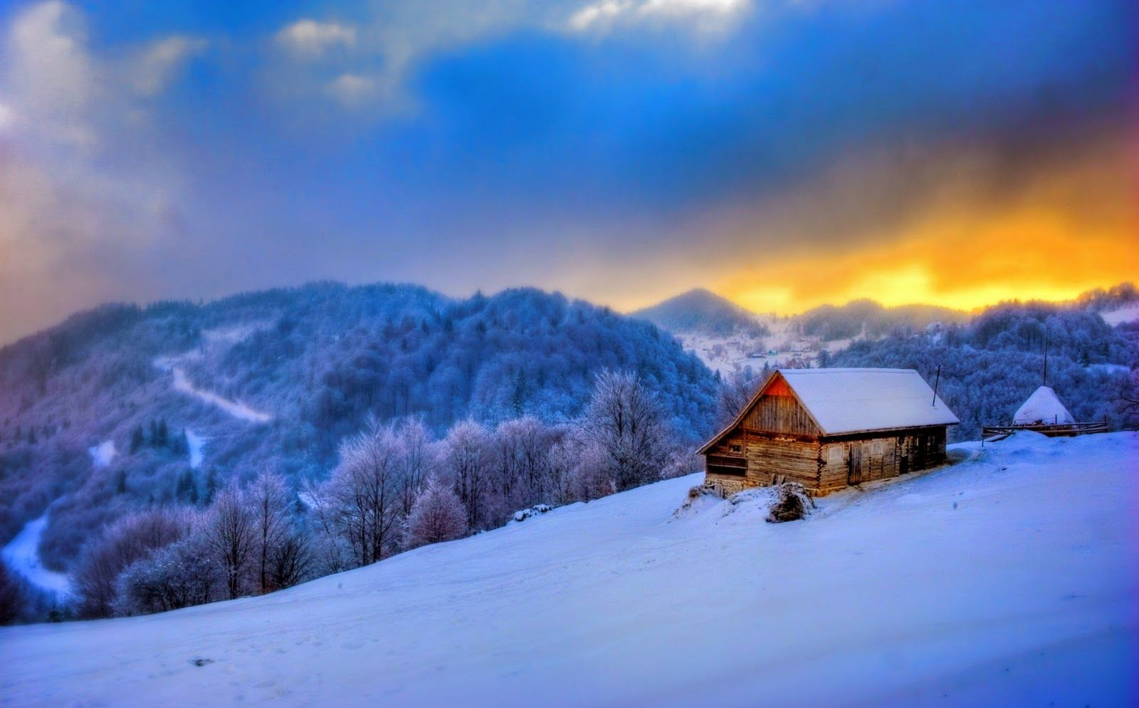 5 Christmas Cabins (With images) Cottage wallpaper