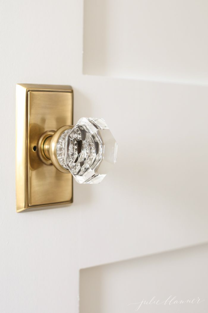 Door knobs bedroom