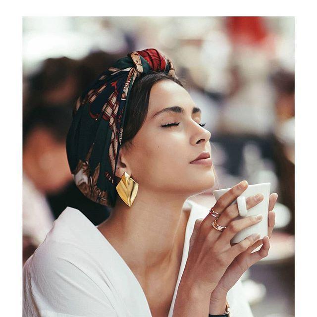 """I N D I R A   D E   P A R I S on Instagram: """"*Quand t'es accroc au thé (ou au café)*"""