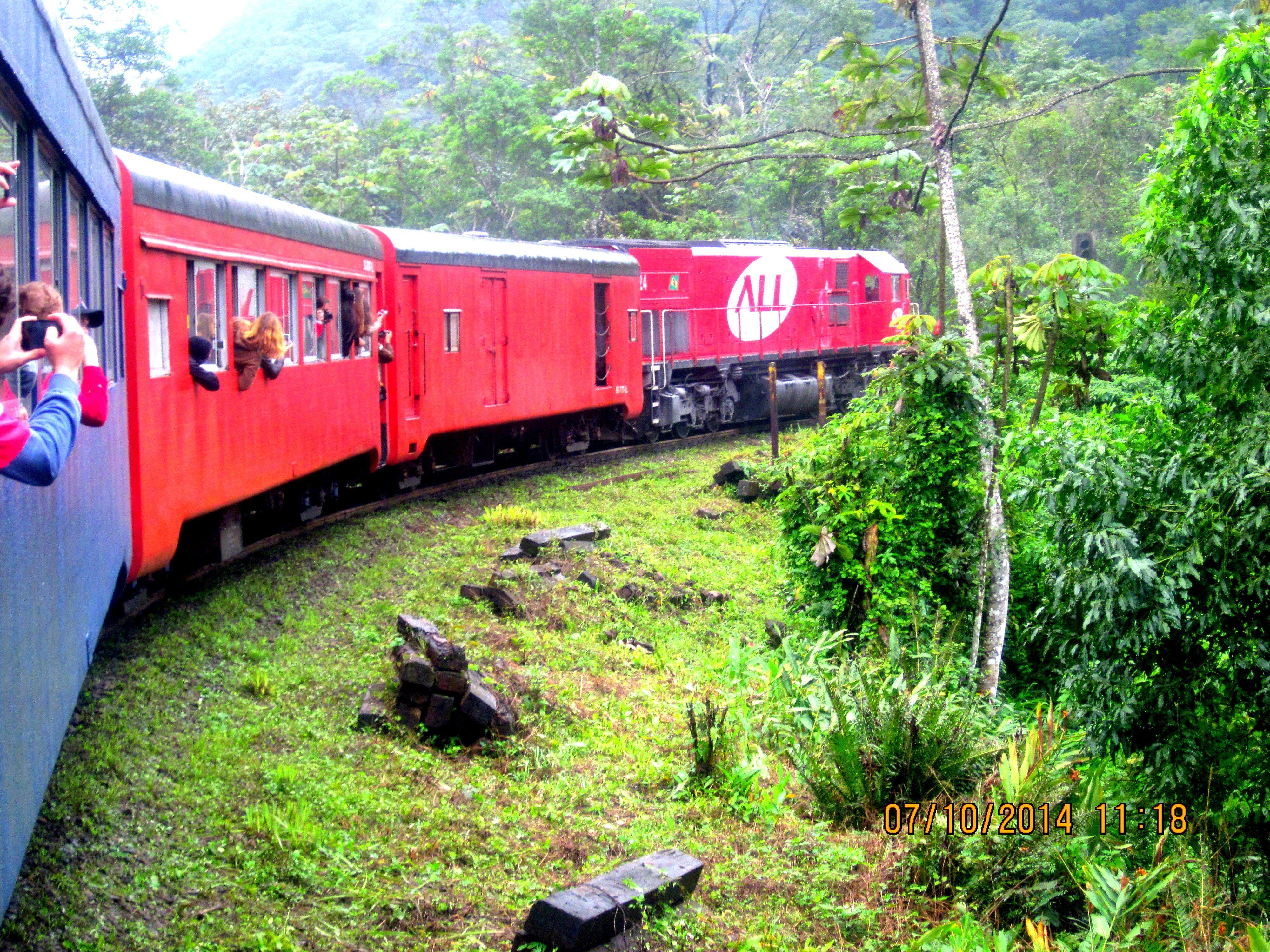 passeio de trem Curitiba-Morretes- PR