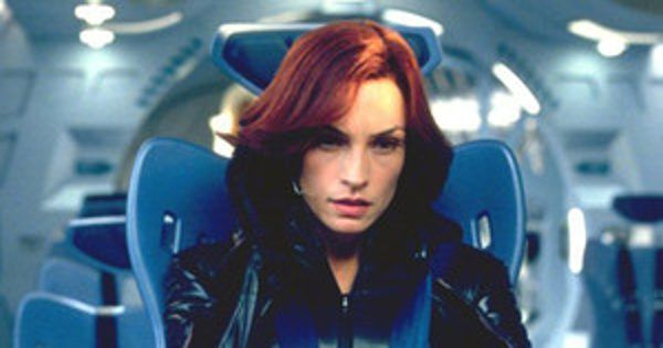X Men How Famke Janssen Kept Her New Cameo A Secret Jean Grey Xmen Jean Grey Phoenix X Men